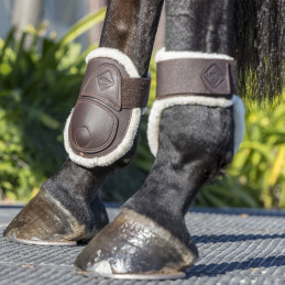 Ochraniacze dla koni z futrem - LeMieux Capella Boots
